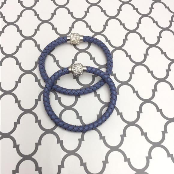 Jewelry - 🆕 Blue braided leather bracelet